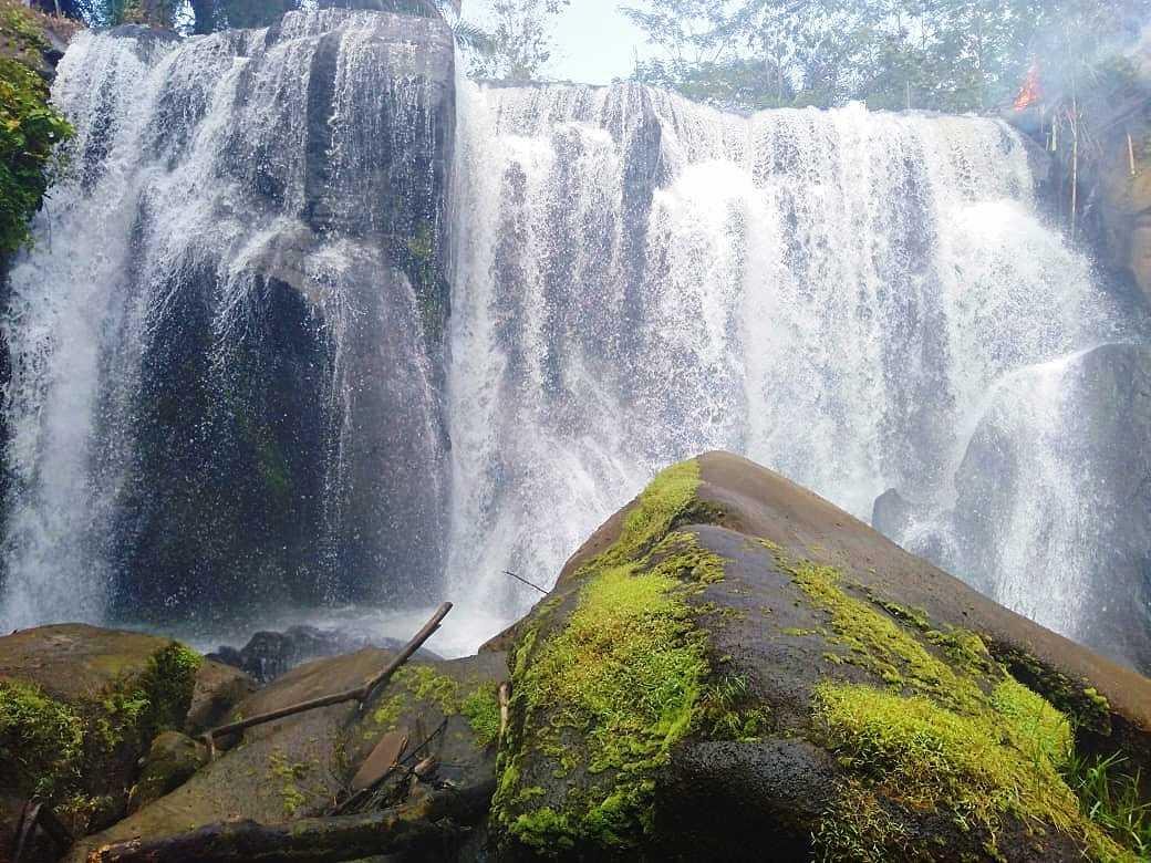 Laskar Muda Gunung Sari Gotong Royong Bangun Destinasi Wisata Curup Pinang